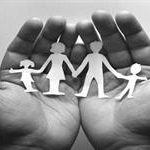 پاسخ استاد مطهری به یک پرسش: تفاوت نظام خانوادگی اسلام با نظام خانوادگی در غرب چیست؟